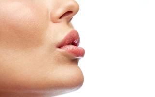 Пластика уздечки верхней губы: подрезание уздечки губы лазером, скальпелем